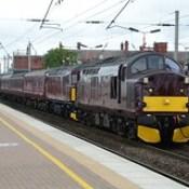 West Coast Railway Company Class 37/5, 37518 & Class 33/0, 33025