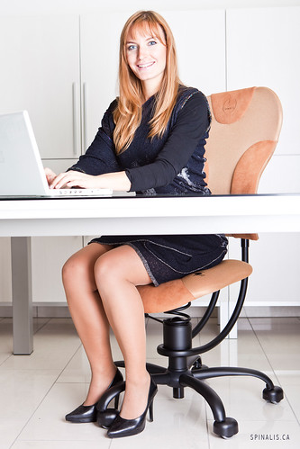 High-end SpinaliS ergonomic desk chairs for active sitting