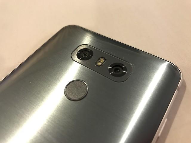 กล้องดิจิทัลคู่ของ LG G6