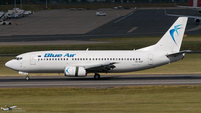 YR-BAP B733 Blue Air