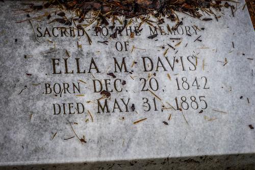Ella Davis Grave