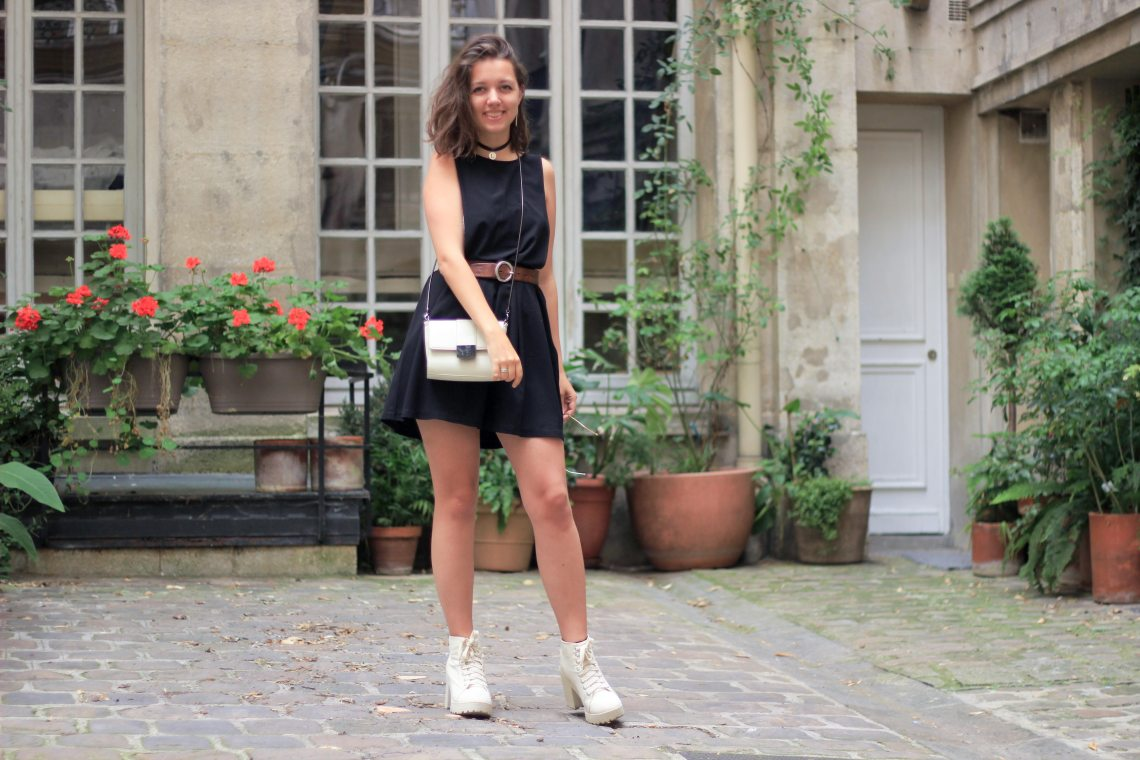 6-robe-salopette-noir