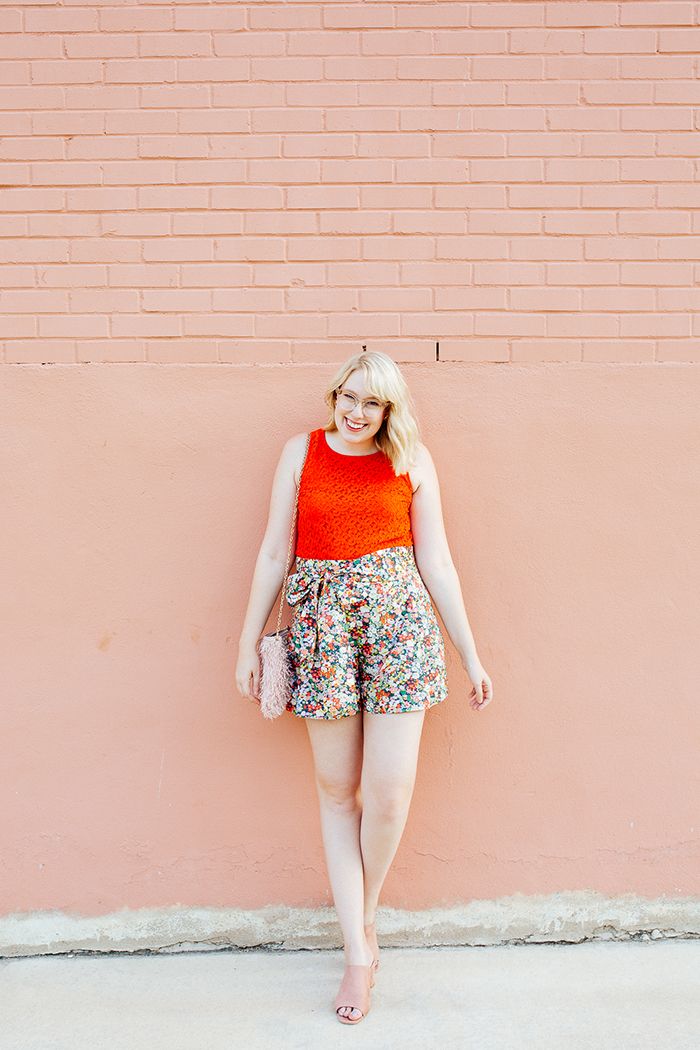 austin style blogger writes like a girl jcrew liberty floral shorts13