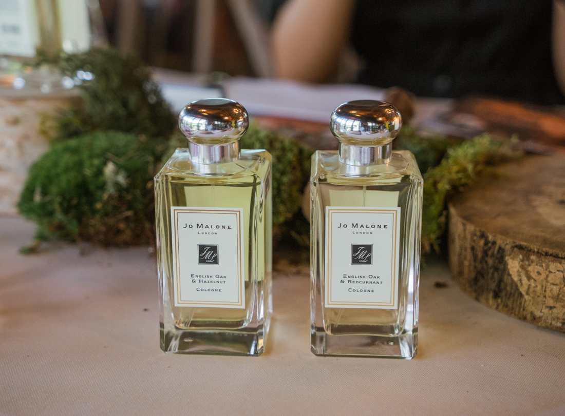 jo malone english oak hazelnut redcurrant