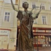 Baden, Lower Austria (the art of listed fountains in the core of downtown Baden), Brunnenbecken mit Figur Erato (Theaterplatz).