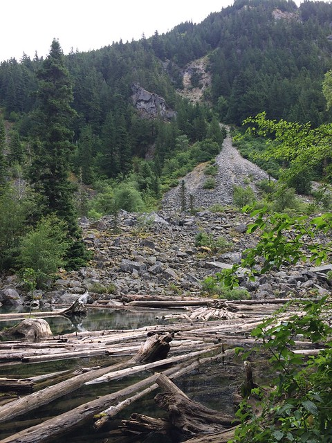 The rock fall at Lindemen Lake