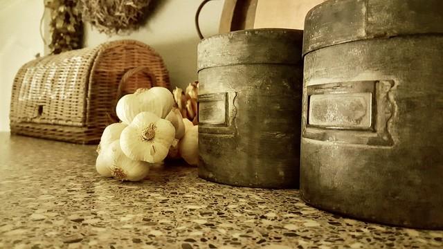 Broodmand knoflookbollen