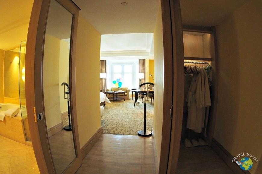 The Fullerton Hotel Straits Club Quay Room