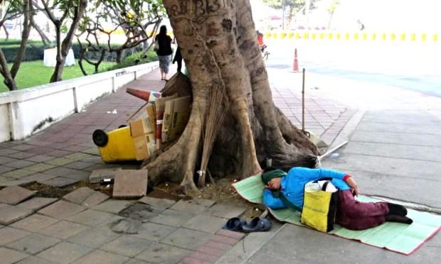 Strange amusing sights Pattaya Beach