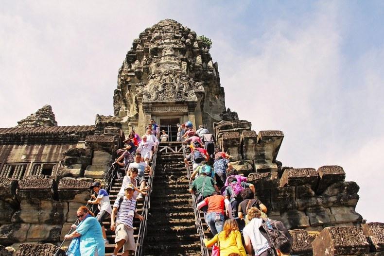 angkor-wat-temple-934140_1920