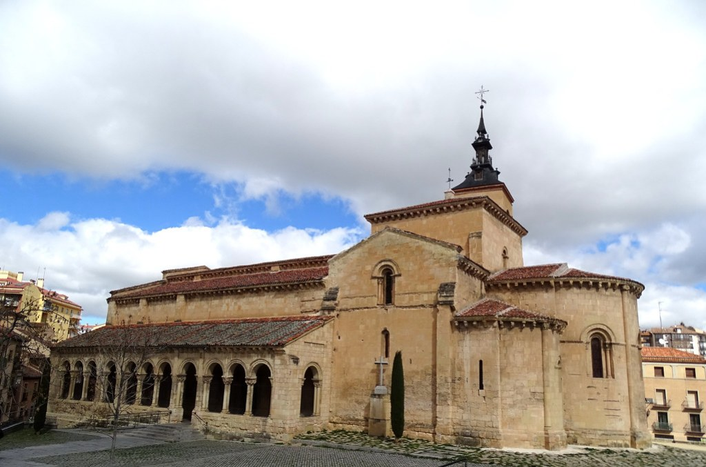 Segovia Iglesia de San Millán exterior 01