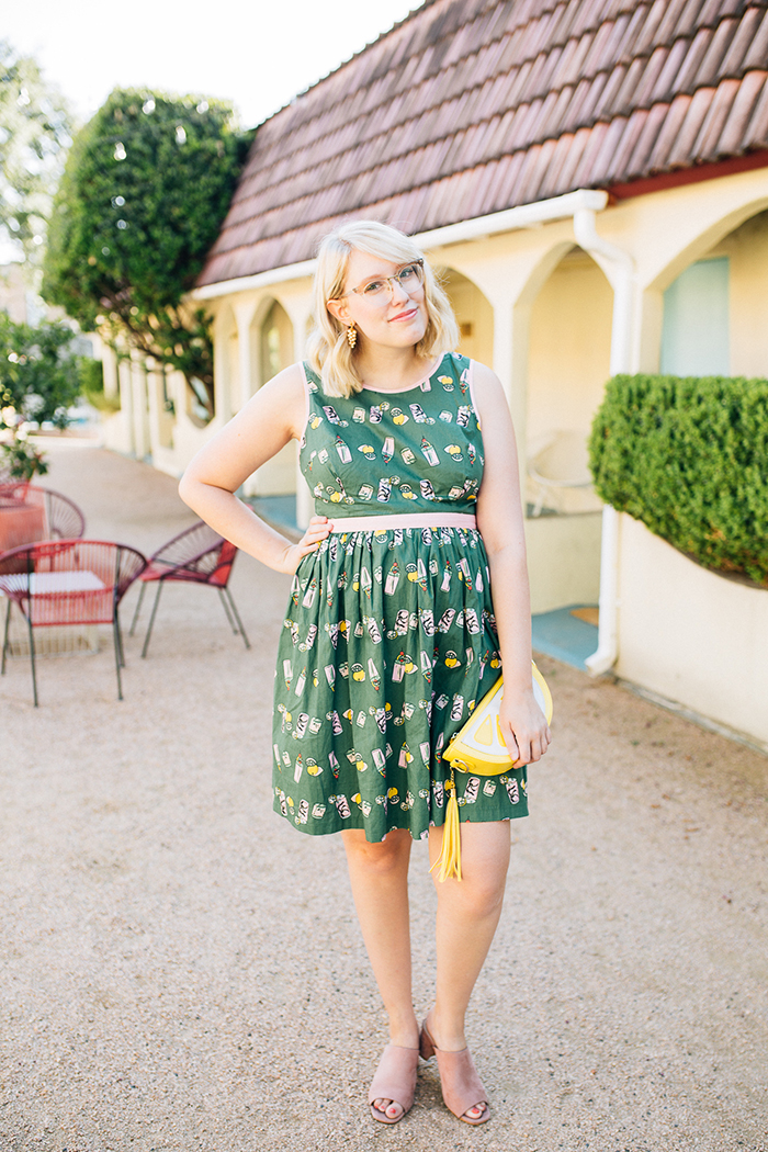 writes like a girl austin style blog aglow in the moment modcloth dress2
