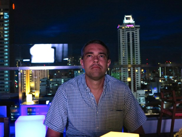 Cena en rooftop del Centara Watergate