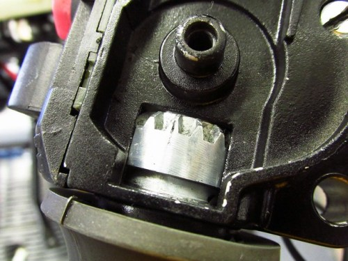 Throttle Twist Grip Alignment Mark In the Middle of the Center Tooth