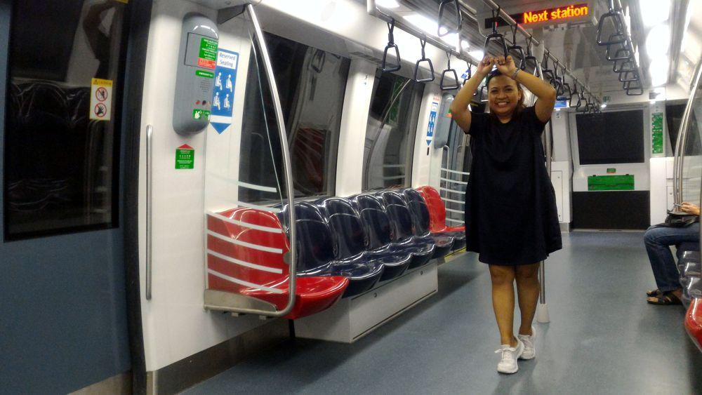 MRT Singapore 2_zps2ajtckuu