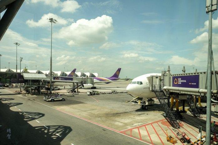 Thai 777-300ER at Bangkok