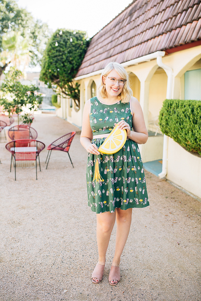 writes like a girl austin style blog aglow in the moment modcloth dress19