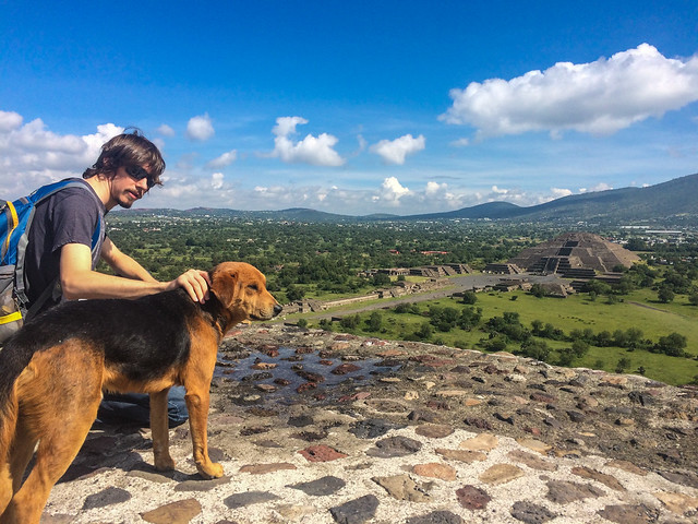 Kyle with a local stray overlooking Pyramid of the Moon
