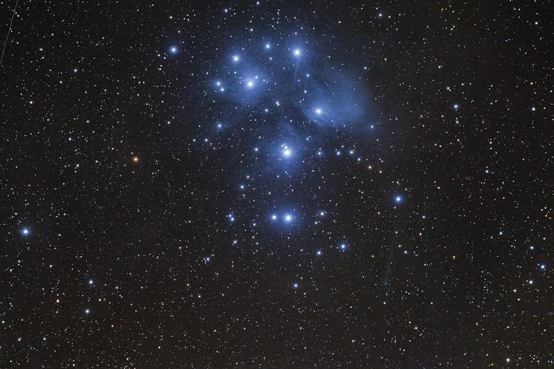 le Pleiadi e la cometa PanSTARRS C/2015ER61