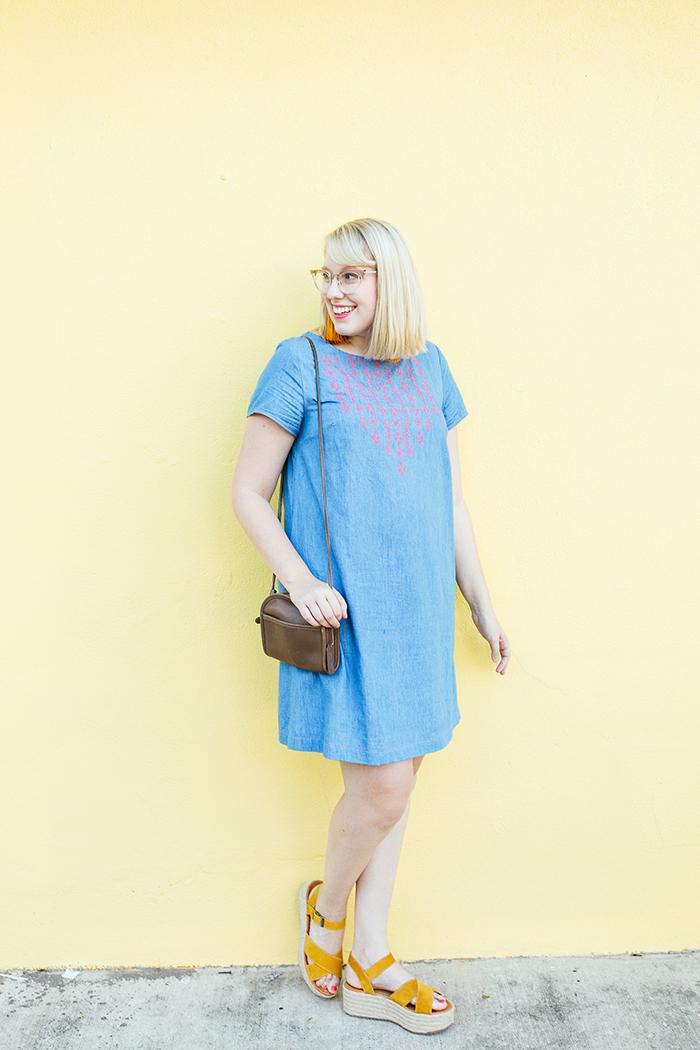 austin style blogger writes like a girl embroidered denim shift dress3