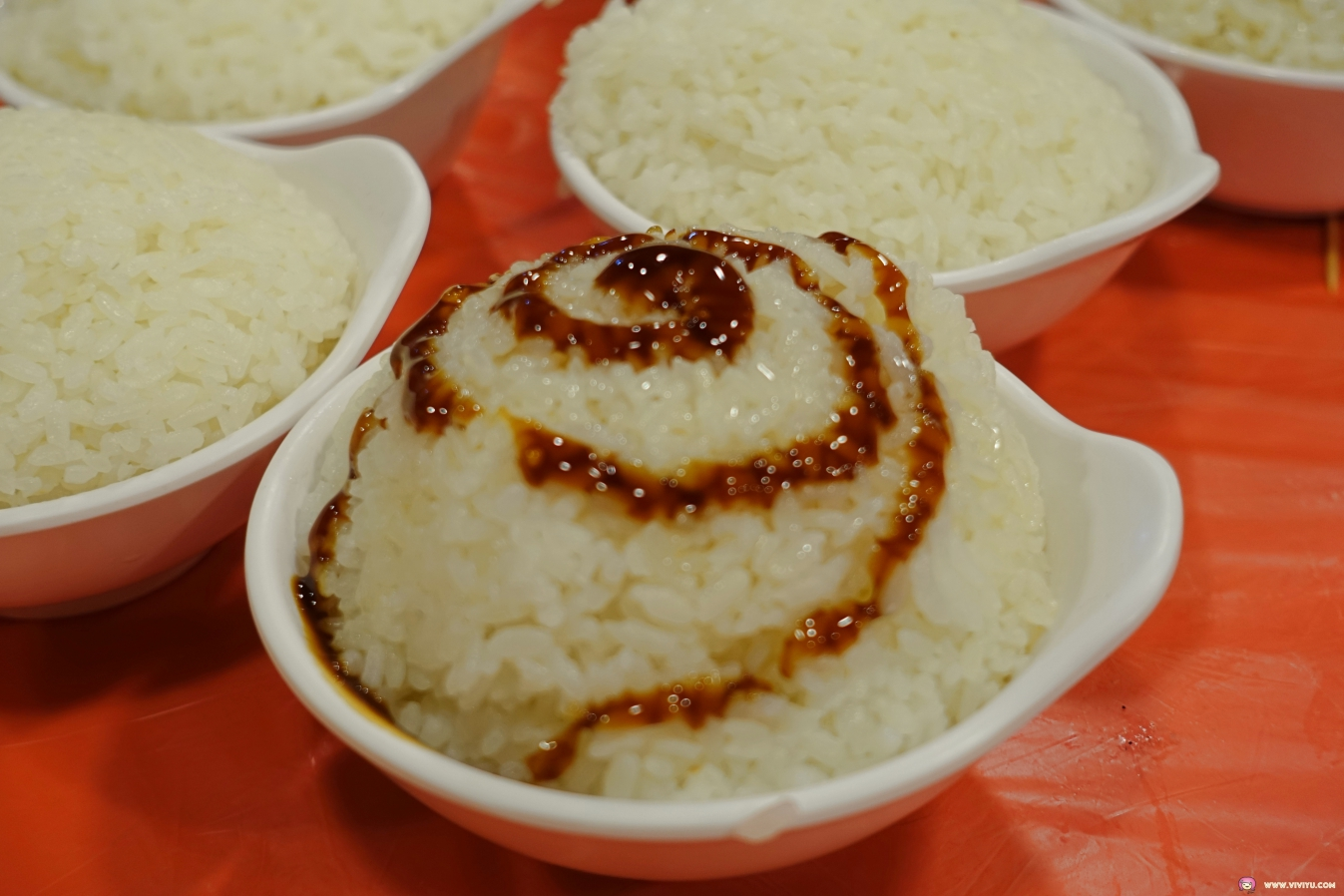 [宜蘭美食]基隆甕仔雞~在國道五附近美食餐廳.宜蘭聞名的古早風味招牌甕窯雞 @VIVIYU小世界