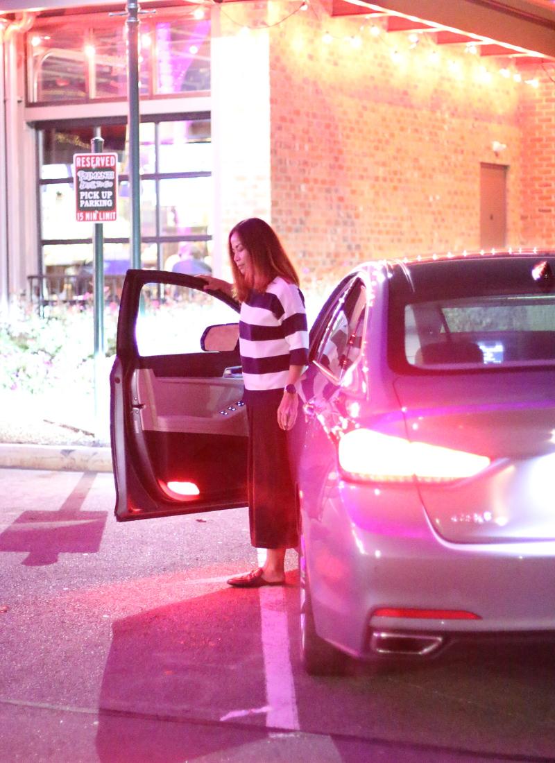 genesis-vehicle-g80-restaurant-parking-9
