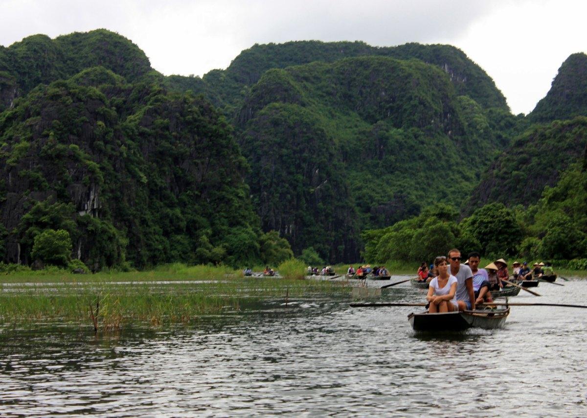 Tourist boat trail in Tam Coc