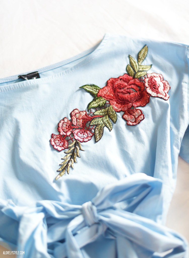 Izabel London-Floral-Embroidered-Salsa-Top-blogger-lovelystyle-newin-blog-outfit