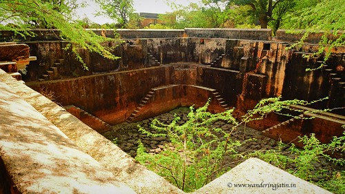 Dried stepped well in Budi Fort