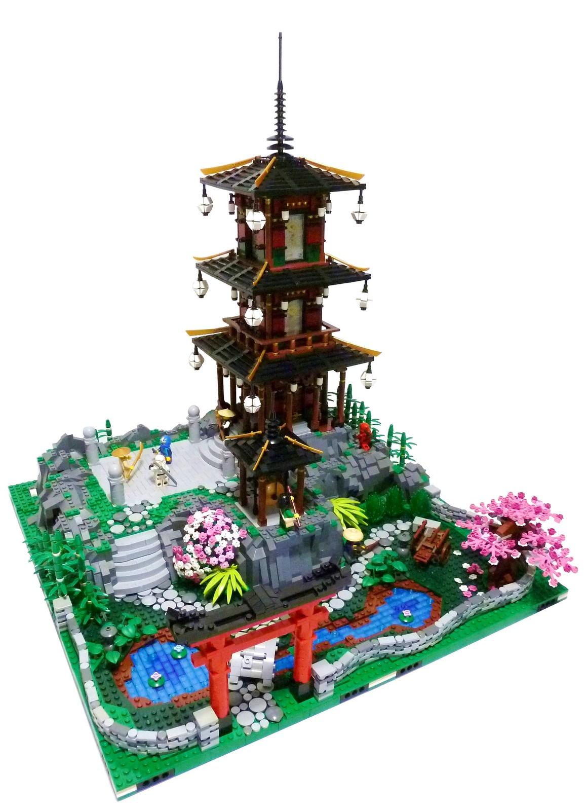 Pagoda Full Scene
