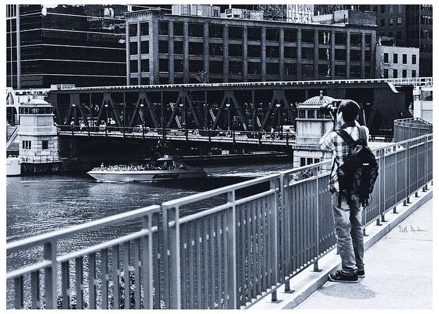 Photographing the Photographer Photographing 333 W. Wacker