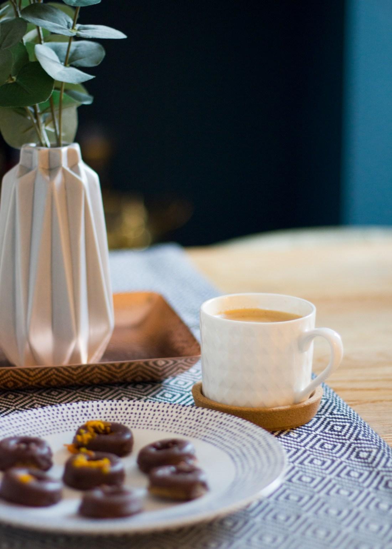 Coffee-&-Donuts