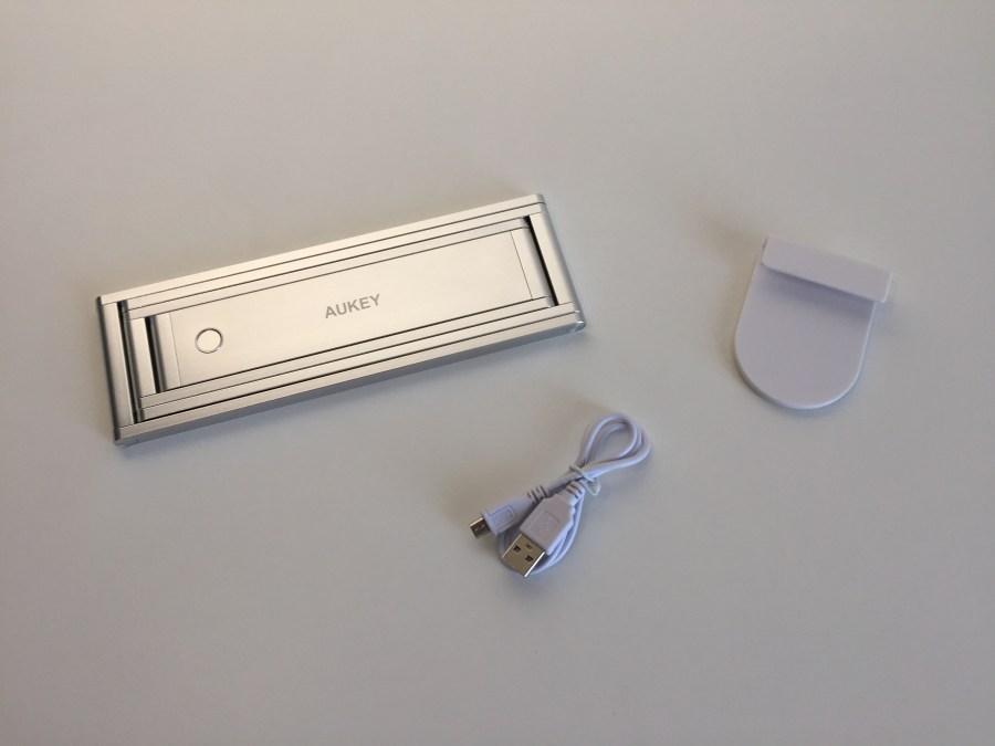 20170904 Lampe de bureau Aukey LT-ST7 portable, rechargeable et pliable 4