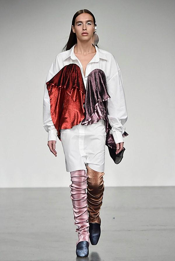 Paula Knorr - London Fashion Week 2017