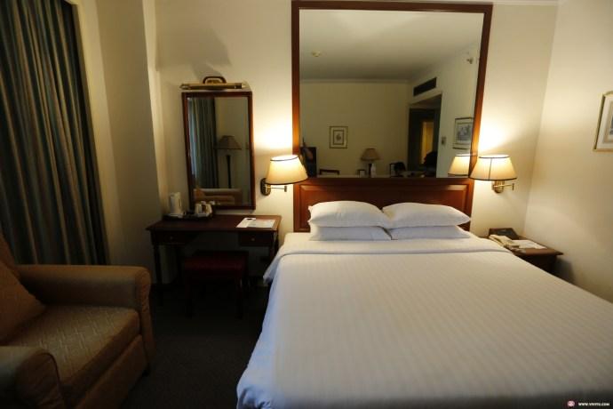 [曼谷住宿]阿諾瑪大飯店 (Arnoma Grand)~曼谷自由行住宿推薦.隔壁就是超好買Big C超市 @VIVIYU小世界
