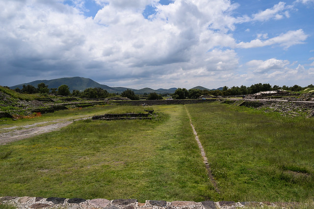 Avenue of the Dead Field Teotihuacan