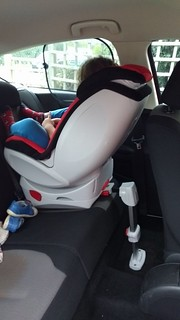 Rear Facing Car Seats in Small/Tiny Cars!