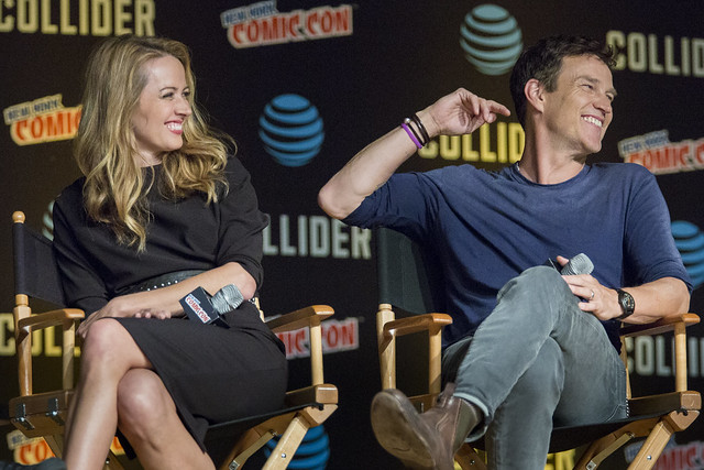 Amy Acker and Stephen Moyer
