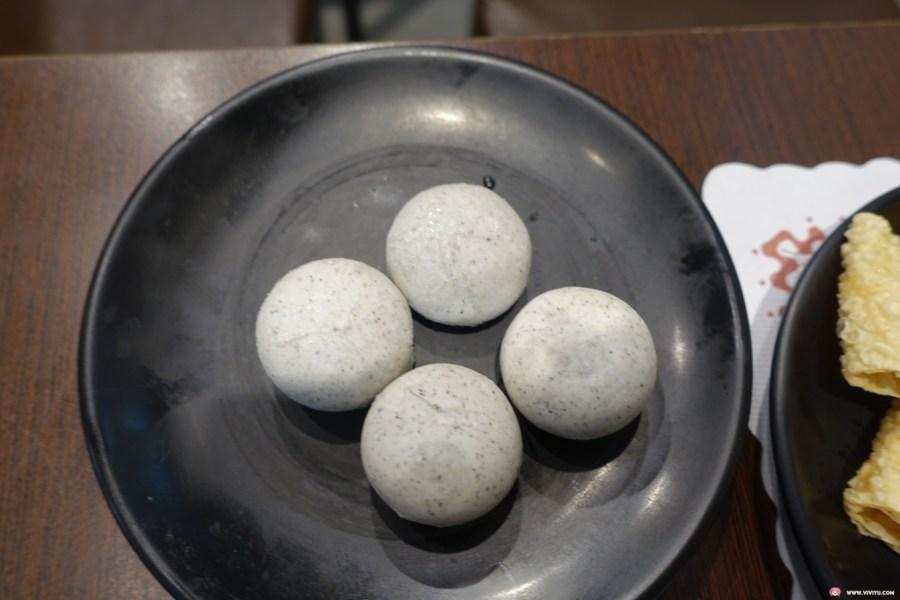 [桃園美食]一家人牛奶鍋.桃園後火車站~秋意正涼.平價小火鍋暖暖身(關門大吉) @VIVIYU小世界