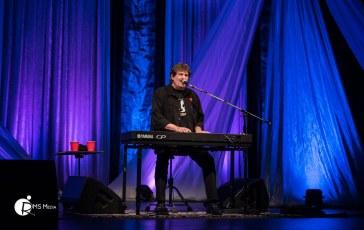 Burton Cummings @ The Mary Winspear Centre – Oct 7th 2017
