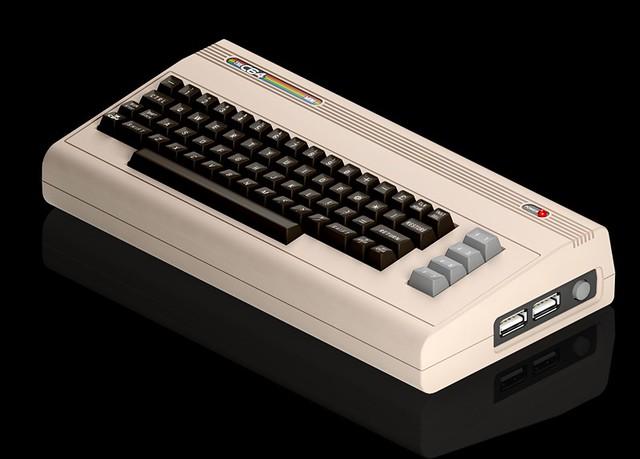 Міні клавіатура C64