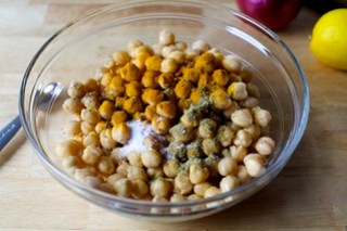season and spice the chickpeas