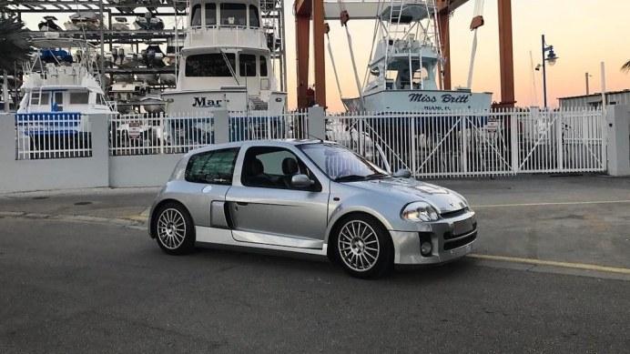 2003-renault-clio-v6