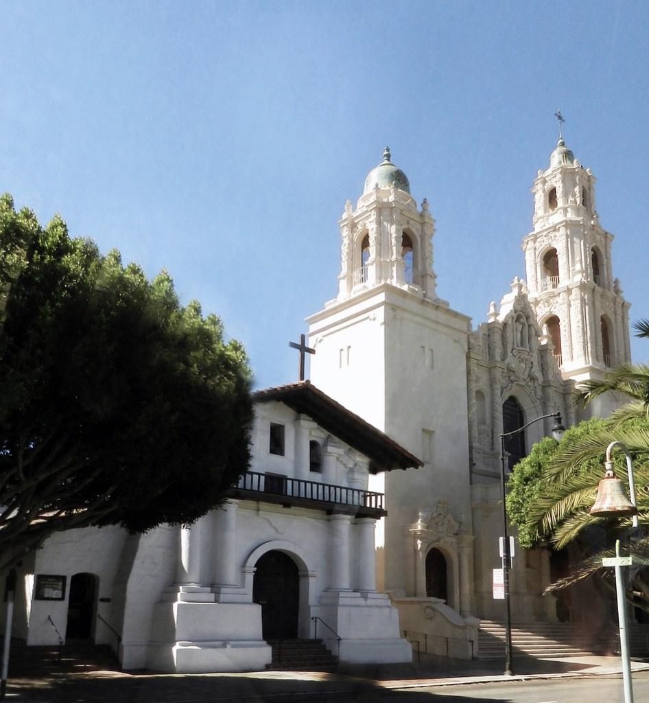 exterior Iglesia y basilica Mision Dolores San Francisco California EEUU 01