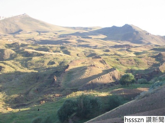The_Structure_Claimed_to_be_the_Noahs_Ark_near_the_Mount_Ararat_in_Turkey_1024_768