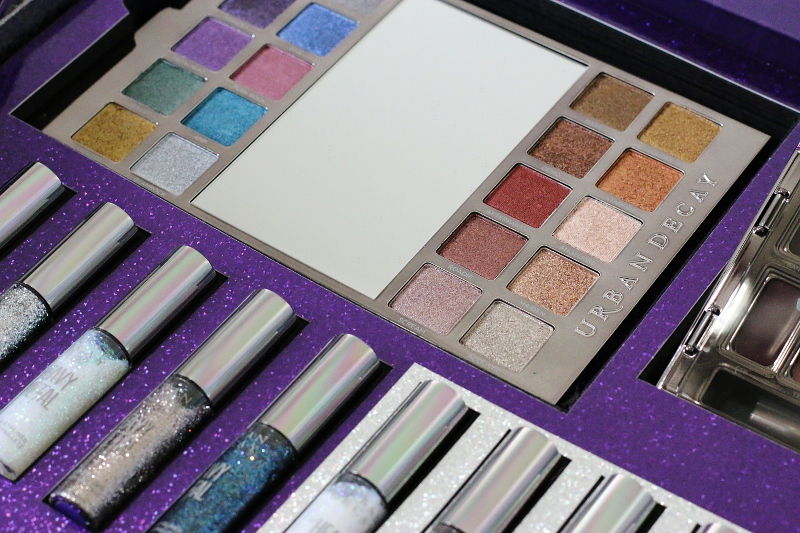 urban-decay-heavy-metal-holiday-makeup-eye-glitter-eyeshadow-palette-5
