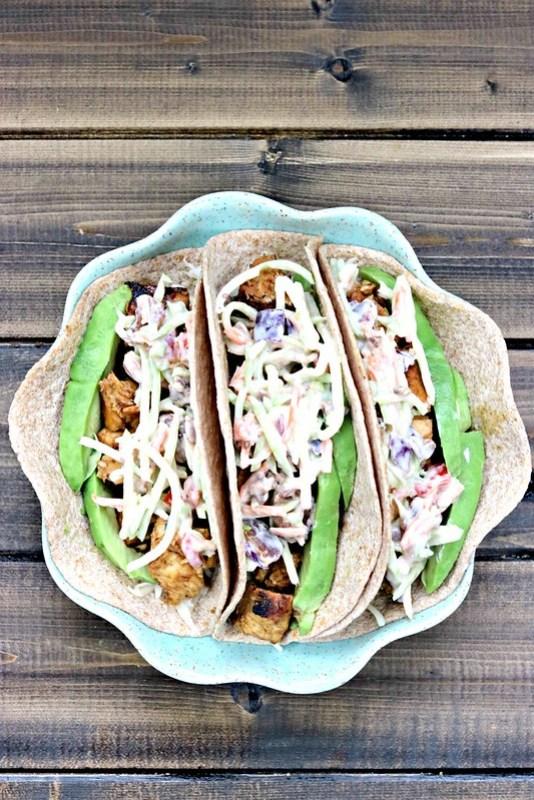 Honey chipotle chicken tacos vert