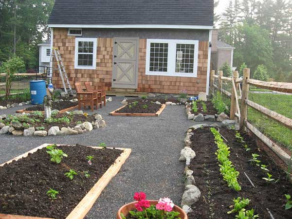 small space gardening islands
