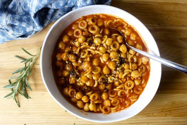 quick pasta con ceci