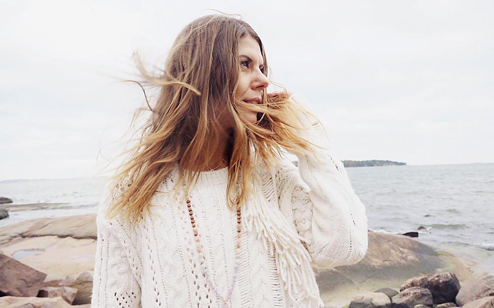 Jonna Monola